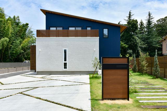 大きな芝生とウッドデッキの家 [近江八幡市・M様邸]