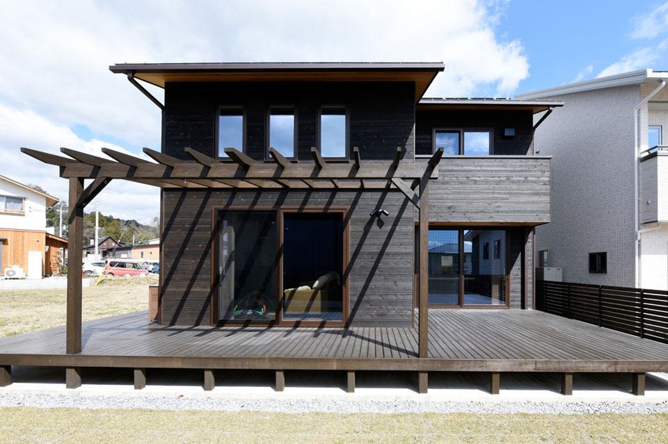 温熱環境と省エネを考え抜いた快適仕様の家 南側外観