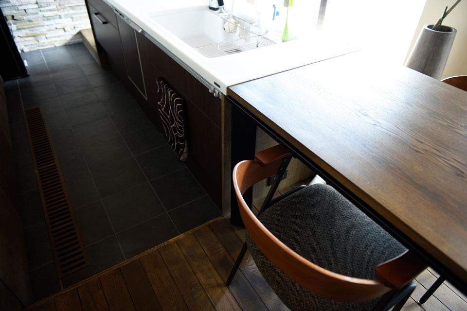 温熱環境と省エネを考え抜いた快適仕様の家 キッチン