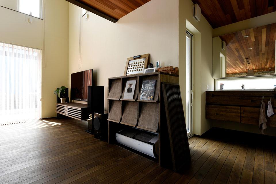 温熱環境と省エネを考え抜いた快適仕様の家 床下エアコン