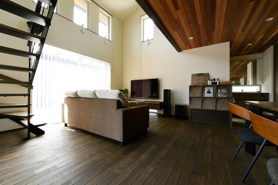 温熱環境と省エネを考え抜いた快適仕様の家 吹き抜け